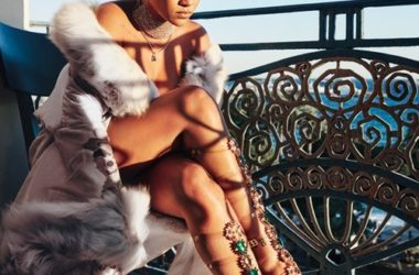 Rihanna e Manolo Blahnik per la terza volta insieme: ecco la So Stoned Collection